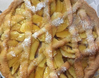 Torta di mele e uvetta La Vecchia Pesa Luino